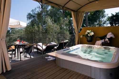 Bastide Saint Antoine : Hotel near Grasse