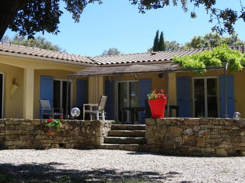 les Mas de Payzac : Guest accommodation near Saint-Genest-de-Beauzon
