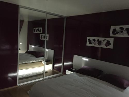 Appartement Grand Luxe : Apartment near Évrange
