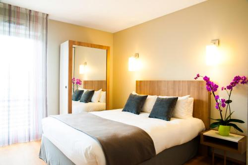 Lagrange Aparthotel Toulouse Saint-Michel : Guest accommodation near Vieille-Toulouse