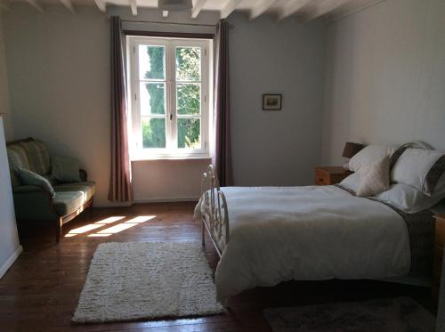 Serendipite : Bed and Breakfast near Villedieu-les-Poêles