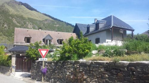 La Grange de Saint-Paul : Bed and Breakfast near Trébons-de-Luchon