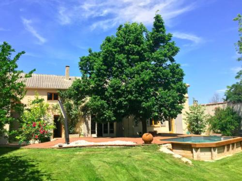 Renovated farmhouse in Aix en provence. : Guest accommodation near Éguilles