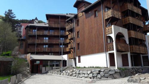 Résidence Andromede : Apartment near Saint-Christophe-en-Oisans