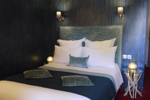 Le Chapeau Rouge : Hotel near Salles