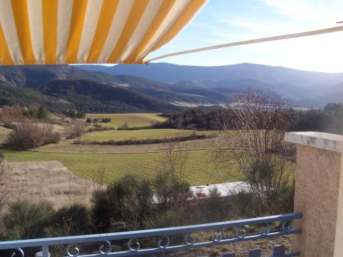 L'Ensoleillee : Bed and Breakfast near Chanousse