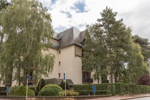 Maeva Particuliers Résidence les Embruns : Apartment near Tourgéville