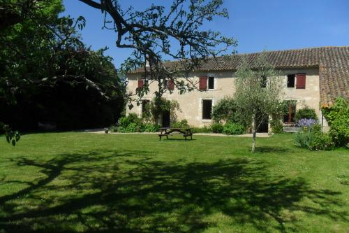Maison de Bastien : Guest accommodation near Saint-Mariens