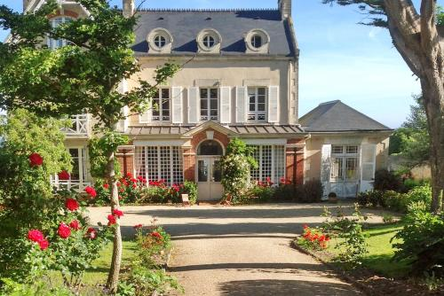 Le Haut Fossé : Guest accommodation near Cricqueville-en-Bessin