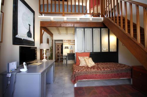 Nostradamus : Apartment near Saint-Rémy-de-Provence