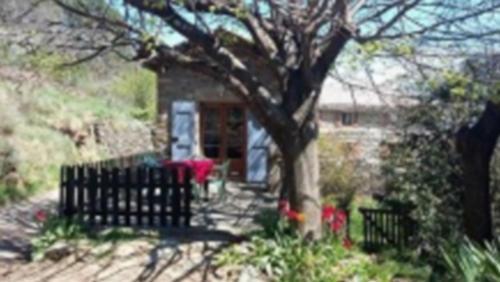 Gîte de l'Olivier : Guest accommodation near Montselgues