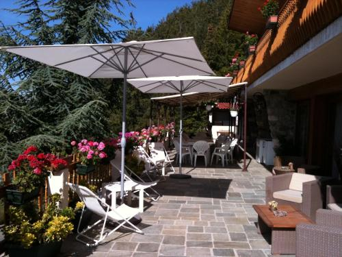 Chambres d'hôtes Le grand chalet : Bed and Breakfast near Massoins