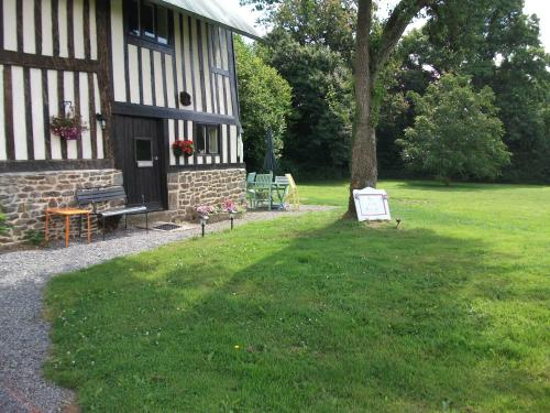La Petite Grange : Guest accommodation near Perriers-en-Beauficel