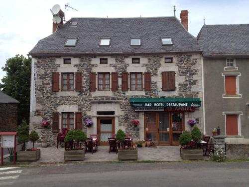Le Relais des Sites : Hotel near La Fage-Montivernoux