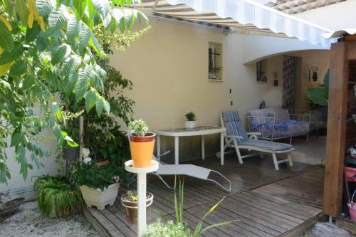 Chez Régine et Grégoire : Bed and Breakfast near Marseille 14e Arrondissement