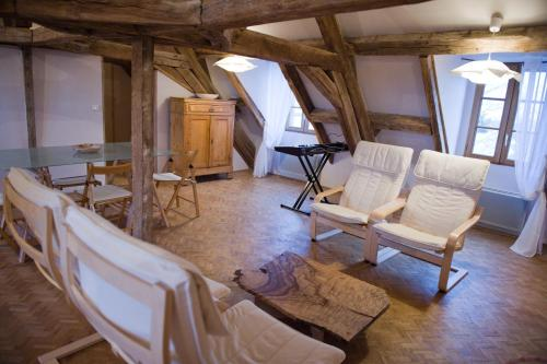 Le Cep en Sancerrois : Bed and Breakfast near Saint-Quentin-sur-Nohain