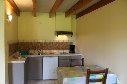 Budor : Guest accommodation near Rospez