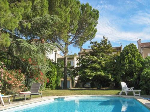 Tournesol Apartment : Apartment near Saint-Rémy-de-Provence