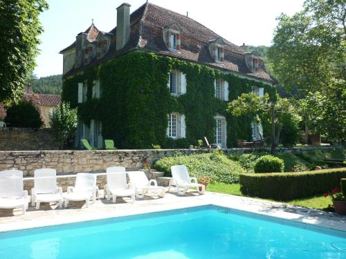 Maison d'Hôtes Redon : Bed and Breakfast near Calvignac