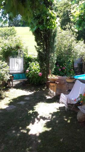 la maison d'Anna : Bed and Breakfast near Rieux-de-Pelleport