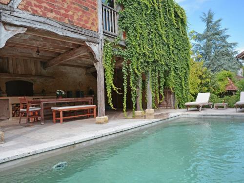 Maison Romaine Romantique : Guest accommodation near Lias-d'Armagnac