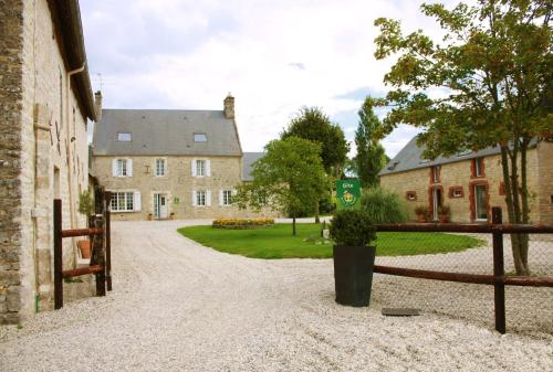 La Ferme d'Ervee de Saint-Roch : Bed and Breakfast near Vouilly