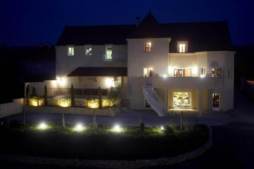 Le Domaine des Archies : Bed and Breakfast near Saint-Martin-sur-Ocre