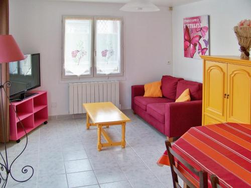 Holiday home rue Saint Fiacre : Guest accommodation near Les Andelys