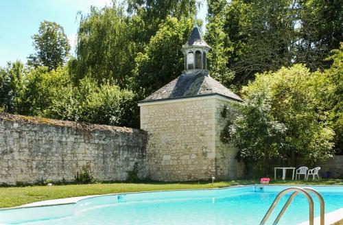 Villa Les Longchamps : Guest accommodation near Longué-Jumelles