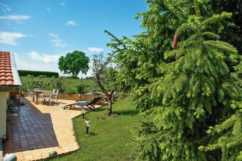 Holiday Home Rue du Bois : Guest accommodation near Frampas