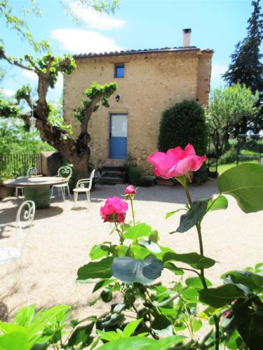 Holiday Home Raffinis : Guest accommodation near Allemagne-en-Provence