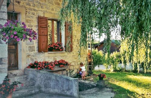 Gîte Montmillon : Guest accommodation near Gatey