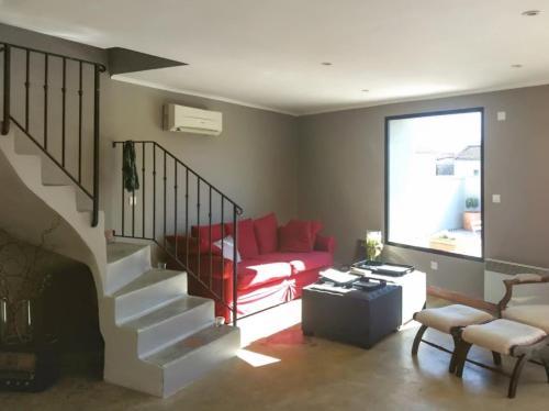 –Apartment Avenue de la gare : Apartment near Courthézon