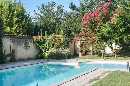 Holiday Home Route de Vire : Guest accommodation near Touzac