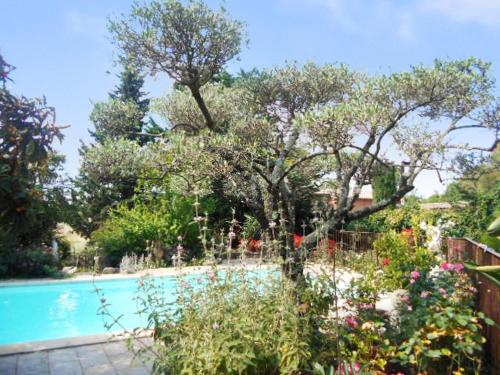 Le Cigalon : Guest accommodation near La Bastide-d'Engras