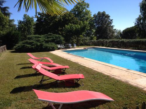 Villa La Tissanderie : Guest accommodation near Baneuil