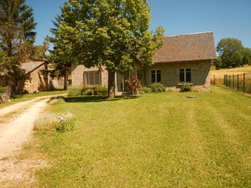 Holiday home Lieu dit Grezes : Guest accommodation near Le Buisson