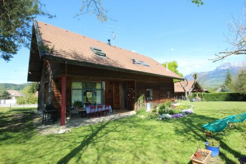 Holiday home Route de Provins : Guest accommodation near Sallenôves