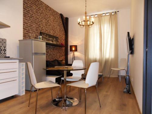 Lenoty : Apartment near Saint-Pierre-le-Chastel