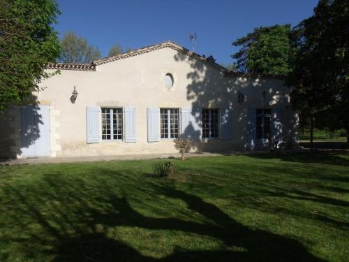 Holiday home Lussignet : Guest accommodation near Loupiac-de-la-Réole