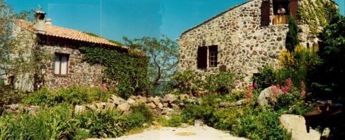 Holiday home Vieux Village : Guest accommodation near Évenos