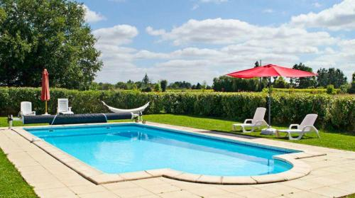 Holiday Home Chez Coudret : Guest accommodation near Mairé-Levescault