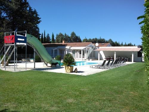 Villa Les Bergas : Guest accommodation near Poulx