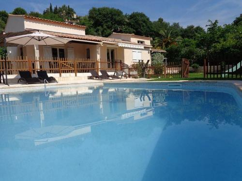 Villa Chemin des Combes : Guest accommodation near La Gaude
