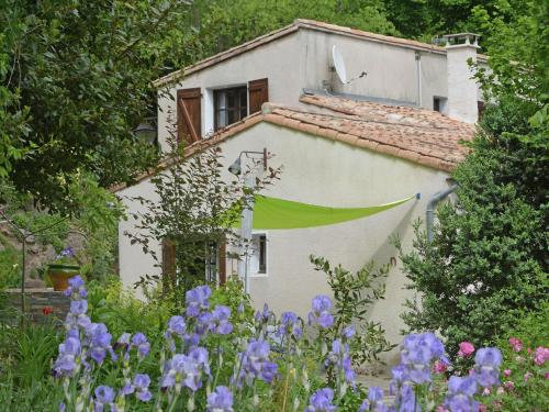 Maison de Fleurs : Guest accommodation near Aulas