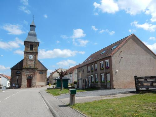 Maison de vacances - Saint Louis : Guest accommodation near Hangviller