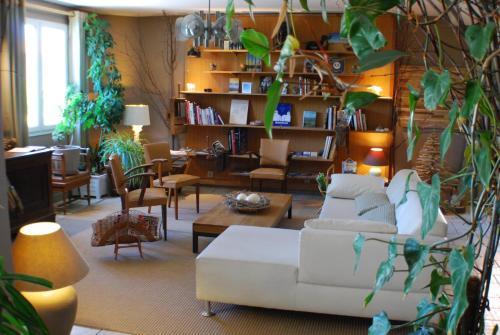 Hotel l'Atelier : Hotel near Joze