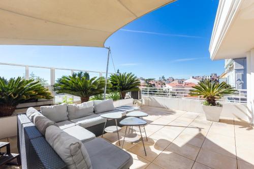 Bristol Penthouse : Apartment near Cannes