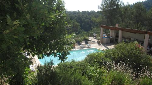 Les Hauts des Materonnes : Bed and Breakfast near Tourves