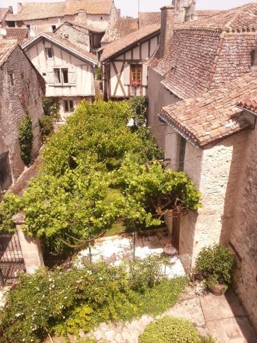 La Parenthèse : Guest accommodation near Bardou